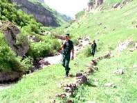 В Азербайджане наркокурьер ранил себя ножом при задержании пограничниками