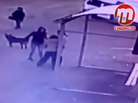 """В Улан-Удэ девушка, обидевшись на """"хамство"""", ударила ножом женщину и уехала на маршрутке (ВИДЕО)"""