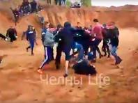 Прокуратура Татарстана начала проверку по факту массовой драки подростков в песчаном карьере (ВИДЕО)