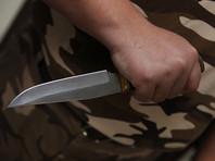 В Астрахани мужчина зарезал массажистку и ранил ножом ее 9-летнего сына
