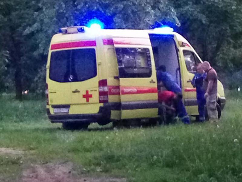 Полицейские Норильска Красноярского края выясняют обстоятельства избиения медика скорой помощи. По предварительным данным, эскулапу нанесли побои двое нетрезвых молодых людей, которым медик сделал замечание в процессе госпитализации их приятеля
