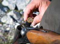 В Приамурье мужчина стрелял из ружья по отдыхающим на берегу реки