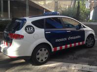 """В Испании мужчина ранил из """"автомата Калашникова"""" двух полицейских возле похоронного бюро"""