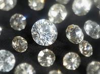 В Петербурге смягчен приговор китаянке, укравшей бриллиант на выставке