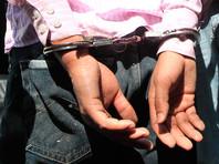В Бангладеш полиция арестовала жиголо, который шантажировал замужних любовниц интимными видео