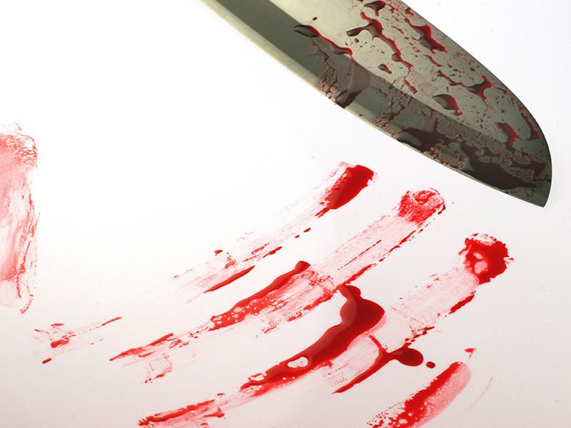 """В США молодой церковнослужитель зарезал ночью жену после """"передоза"""" лекарств от простуды"""