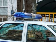 В городе Североморск Мурманской области военнослужащий-контрактник 1986 года рождения совершил двойное убийство. Мужчина застрелил из обреза женщину и ее семилетнего ребенка. Затем предполагаемый преступник совершил самоубийство