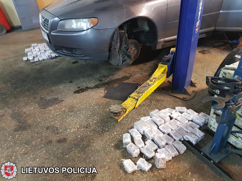 В Литве задержан водитель Volvo, перевозивший гашиш «для России» на 1 млн евро