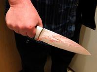 В Москве мужчина зарезал в квартире двух собутыльников, в том числе женщину