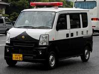 В японском городе Неягава префектуры Осака полицейские выясняют обстоятельства гибели четырех новорожденных детей, трупы которых найдены в залитых бетоном ведрах на территории кондоминиума. Предполагается, что все погибшие были рождены одной женщиной, которая и убила их