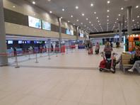 Сотрудницы аэропорта на черноморском курорте обокрали пассажирку  на 7 тысяч евро