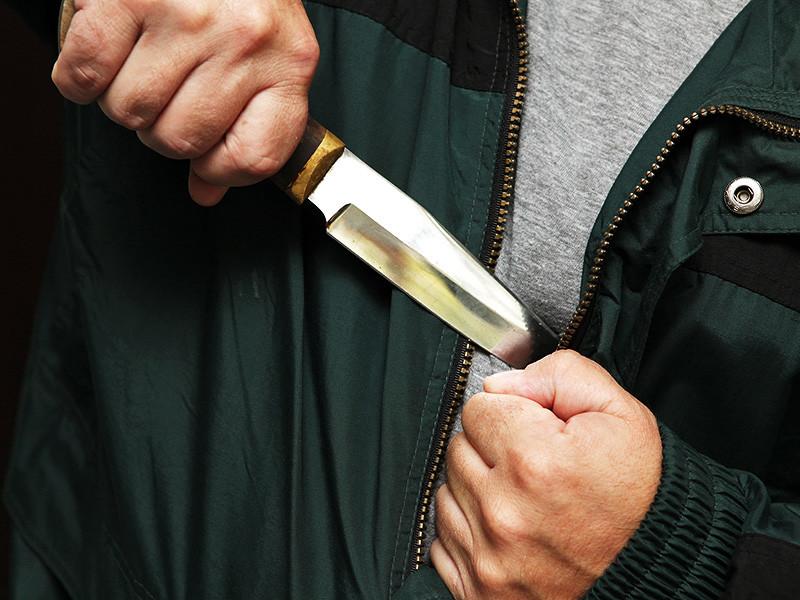 Полиция Перми расследует поножовщину, произошедшую в одном из городских кафе. Там агрессивные клиенты напали на участников корпоративной вечеринки. В итоге двое мужчин получили ранения
