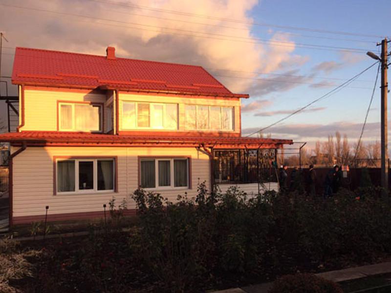 Полиция Украины выясняет обстоятельства тройного убийства, совершенного в поселке городского типа Великая Новоселка Донецкой области