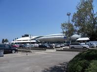 В аэропорту Корсики произошла стрельба: один человек убит, двое ранено