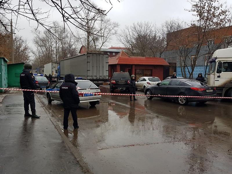"""Столичные правоохранительные органы выясняют обстоятельства стрельбы, произошедшей в районе Люблино, на территории кондитерской фабрики """"Меньшевик"""""""