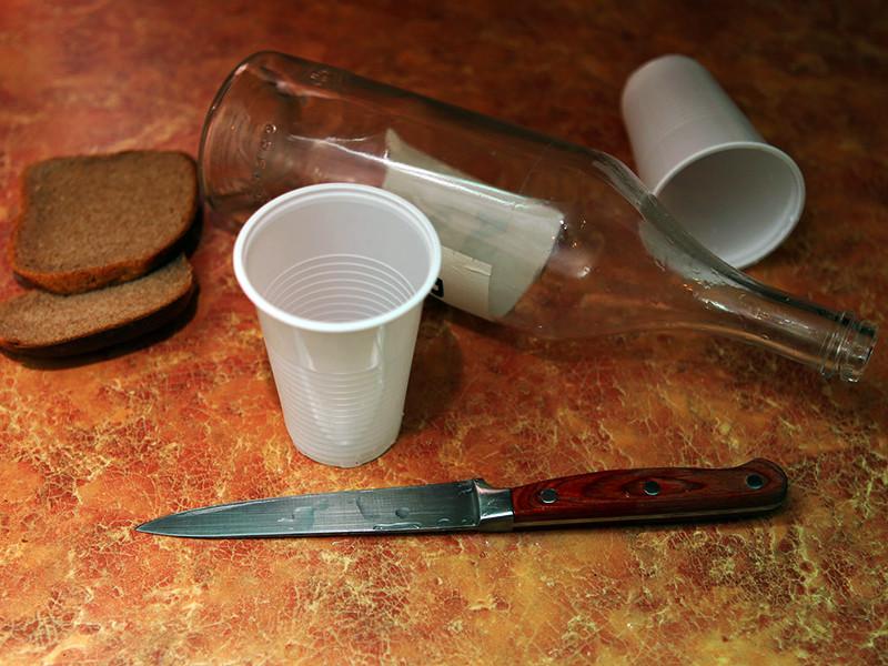 Хабаровский краевой суд вынес приговор гражданину Филиппин, который признан виновным в двойном убийстве. Преступление было совершено на рыболовном судне во время плавания, когда члены команды употребляли алкогольные напитки