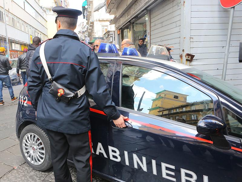 С участием карабинеров были схвачены 48 предполагаемых пособников мафии. 44 из них помещены под стражу, а еще четверо находятся под домашним арестом