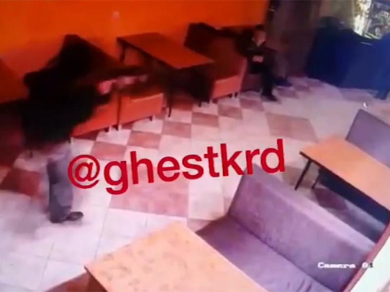 В Краснодарском крае посетителей кафе расстреляли из автомата