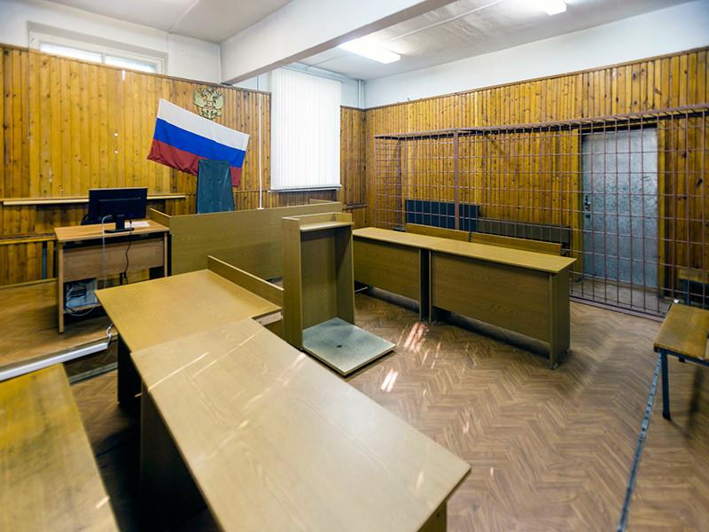 Суд Иркутской области отправил на лечение студентку, заказавшую убийство родителей ради квартиры