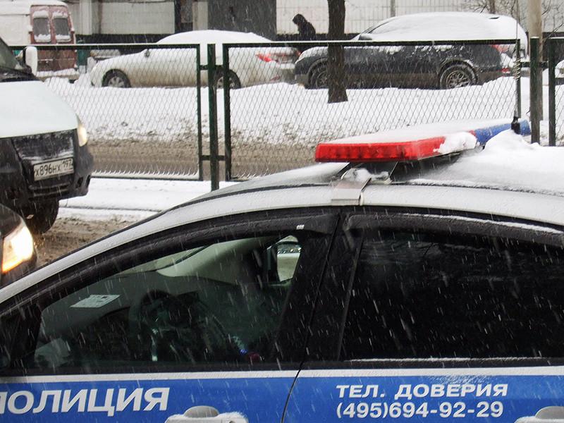 Столичные полицейские ищут преступников, которые избили и ограбили студента колледжа и его приятелей. Добычей нападавших стали несколько миллионов рублей