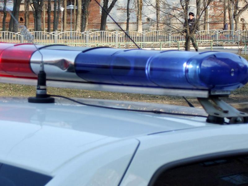 В Дагестане мужчина при проверке документов открыл стрельбу по полицейским и был застрелен