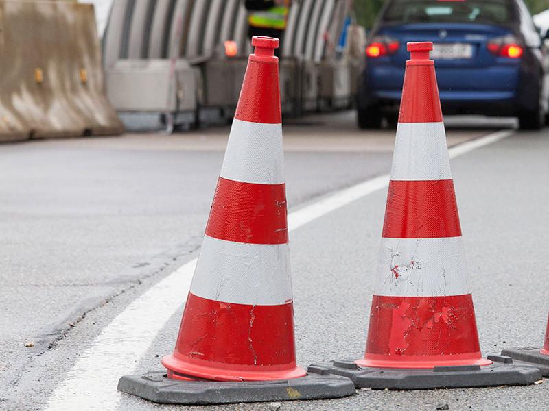 В Германии из-за водителя, пытавшегося зарезать жену и погибшего в ДТП, был заблокирован автобан