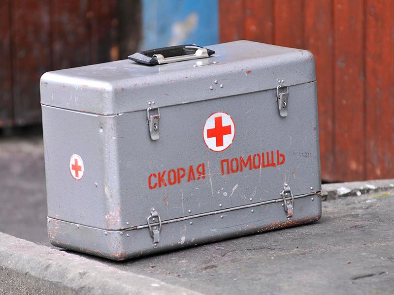 В башкирской поликлинике пациентка ранила ручкой женщину-рентгенолога, которая «обслужила по блату» коллегу