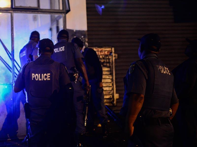 В ЮАР грабители атаковали полицейский участок и убили 6 силовиков