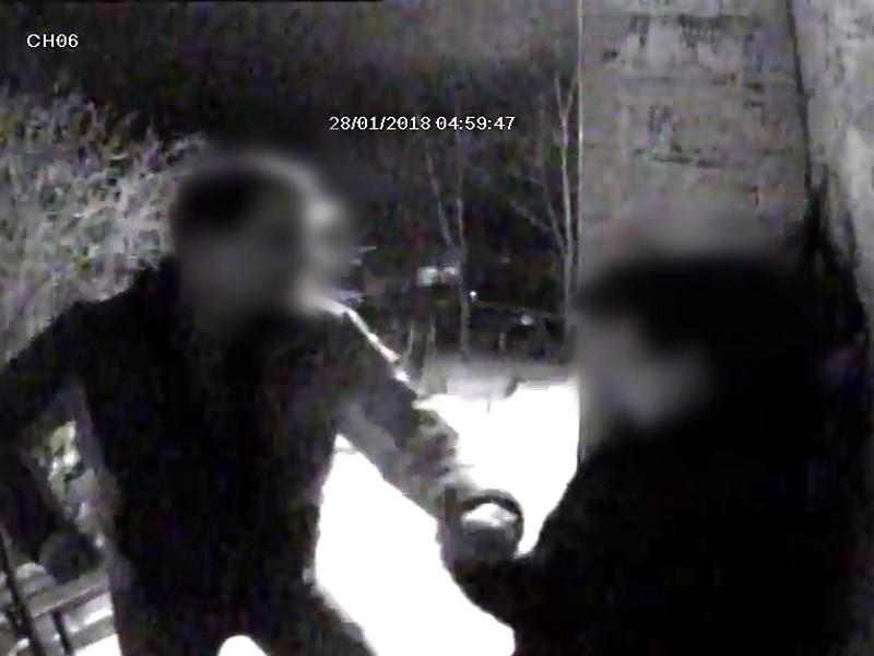 В Пензе ухажер-уголовник избил и ограбил девушку, не захотевшую с ним целоваться (ВИДЕО)