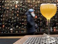 Бельгийский бар установил сигнализацию на бокалы, которые ежедневно воруют туристы