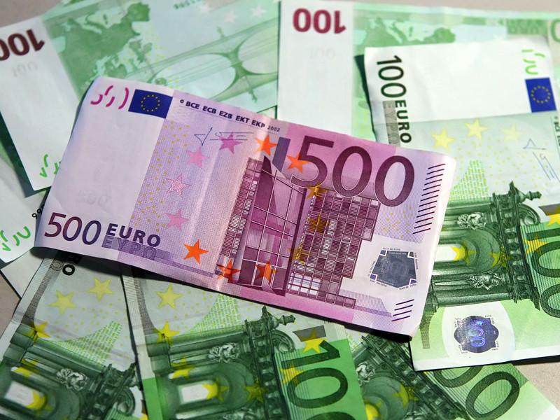 В Германии пекарь сдал в полицию найденные на помойке 8 млн евро, оказавшиеся фальшивкой