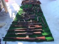 У жителя Подмосковья полицейские изъяли авиационные пулеметы и еще более 20 единиц оружия (ВИДЕО)