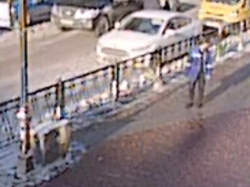 СК РФ опубликовал ВИДЕО с попыткой убийства девушки в Петербурге