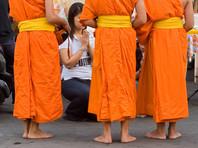 """В Таиланде девушка погибла, выпив """"святую воду"""" во время ритуала снятия порчи"""