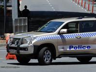 Полиция Новой Зеландии случайно нашла похищенных женщин в багажнике машины, которая упала с моста во время погони за подростками-угонщиками