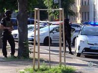 """В Черкассах полиция Украины взяла штурмом офис партии, в котором """"авторитетного"""" депутата застрелил его экс-охранник"""