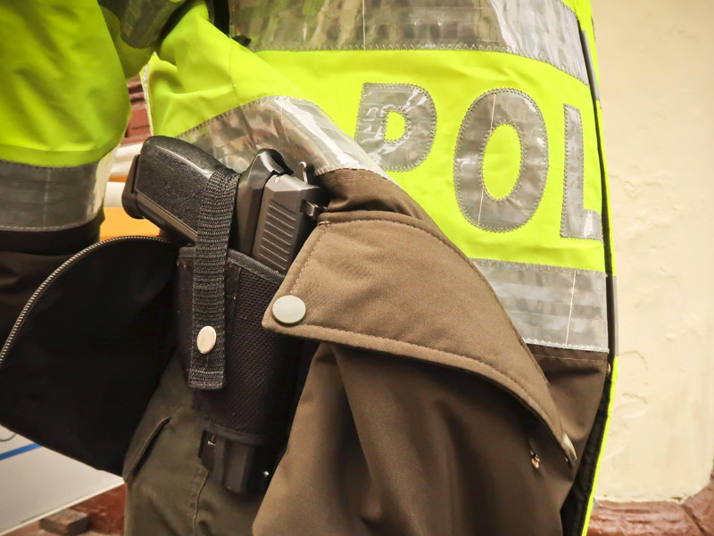 В Колумбии мужчину, подозреваемого в изнасиловании ребенка и беременной женщины, линчевали на глазах у полицейских