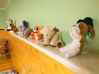 """В Казани воспитательница детсада во время """"тихого часа"""" била 4-летнего мальчика ключами и душила подушкой"""