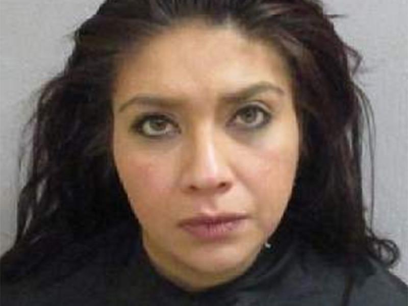 В Аризоне в США судят 31-летнюю Марину Гарсия, которая подозревается в торговле детьми и подделке документов. Женщина отдала чужим людям своего новорожденного ребенка, скрыв это от мужа, который, являясь военнослужащим, работает за границей