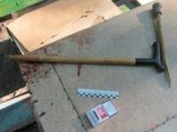 87-летний ульяновец вспылил и заколол тростью приятеля-картежника