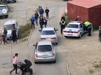 В Магадане подростки с мопедом устроили потасовку с полицейским (ВИДЕО)