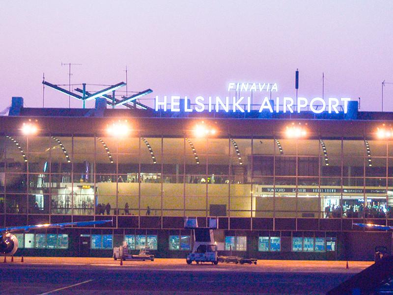 Полиция финского региона Итя-Уусимаа задержала в аэропорту Хельсинки-Вантаа в субботу, 7 июля, группу людей, подозреваемых в том, что они прибыли в Финляндию для участия в массовой драке. Об этом сообщается на сайте ведомства
