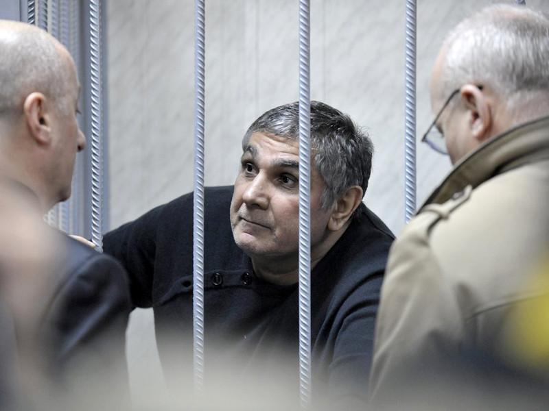 Место главного вора в законе стало вакантным после того, как крупный срок получил прежний лидер мафиози Захарий Калашов (Шакро Молодой)