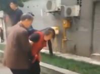 В китайском Чунцине вооруженная кухонным ножом женщина ранила 14 воспитанников детского сада. Об этом сообщается на местном новостном портале Ming Pao