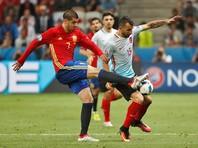 Испанские футболисты крупно обыграли турок на первенстве континента