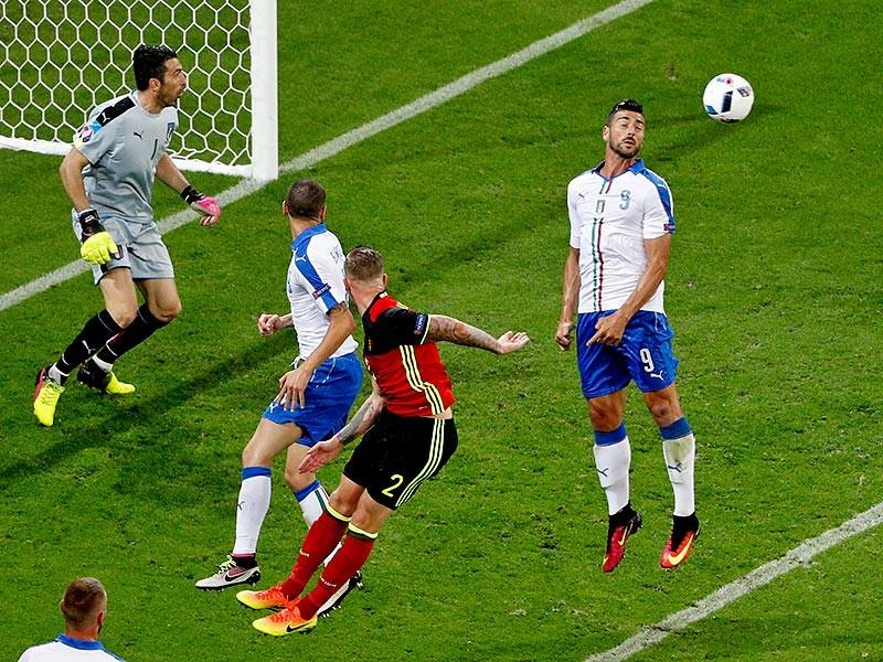 Итальянцы возглавили группу Е, обыграв сборную Бельгии