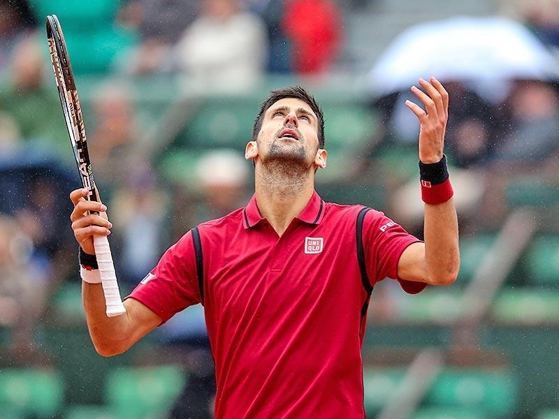 Серб Новак Джокович в среду вышел в четвертьфинал Открытого чемпионата Франции по теннису и стал первым игроком в истории данного вида спорта, заработавшим более 100 миллионов долларов призовых