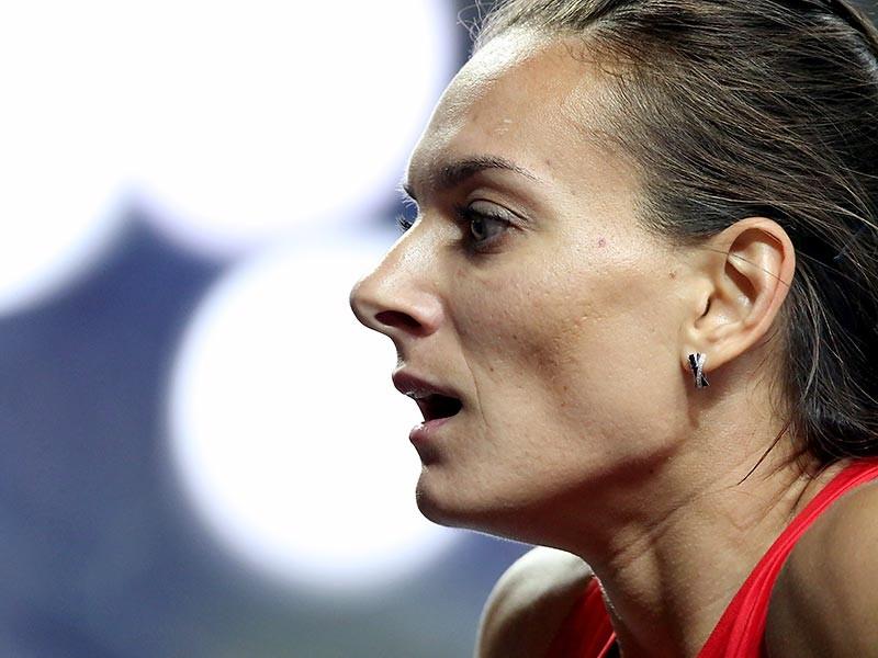 Я расстроена и в то же время зла, мне обидно. Нас никто не защищал, никто наши права не отстаивал, и огромные сомнения вызывает сама IAAF и ее позиция защищать права чистых спортсменов. Нас обвиняют в том, чего мы не совершали