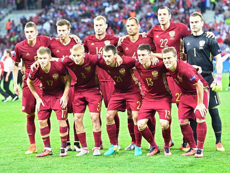 На пост главного тренера сборной России по футболу претендентов пока нет