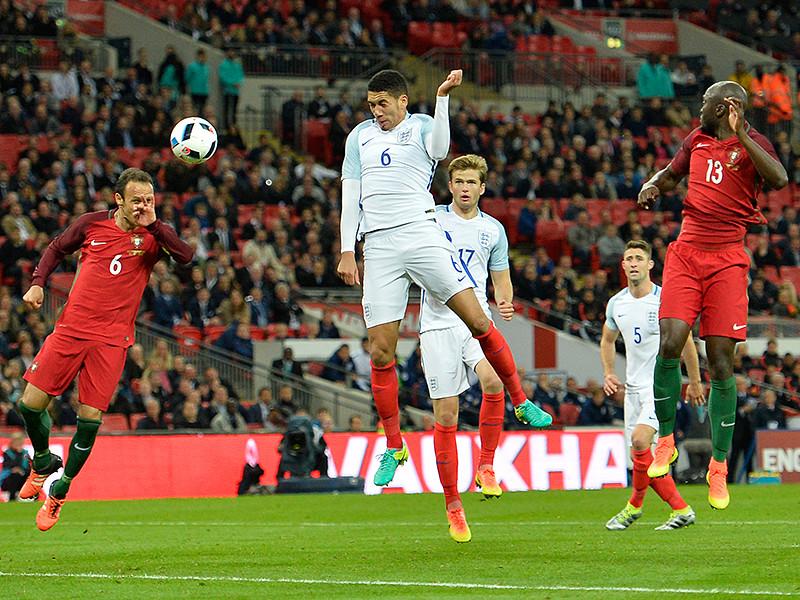 """Сборная Англии по футболу на лондонском стадионе """"Уэмбли"""" со счетом 1:0 переиграла команду Португалии в товарищеском матче в рамках подготовки к чемпионату Европы 2016 года, одержав 11-ю победу в 12 встречах"""